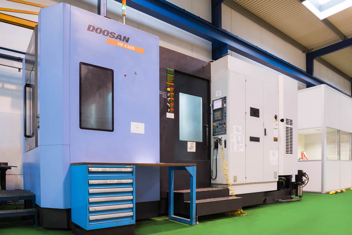 Centro de mecanizado horizontal DOOSAN HP6300