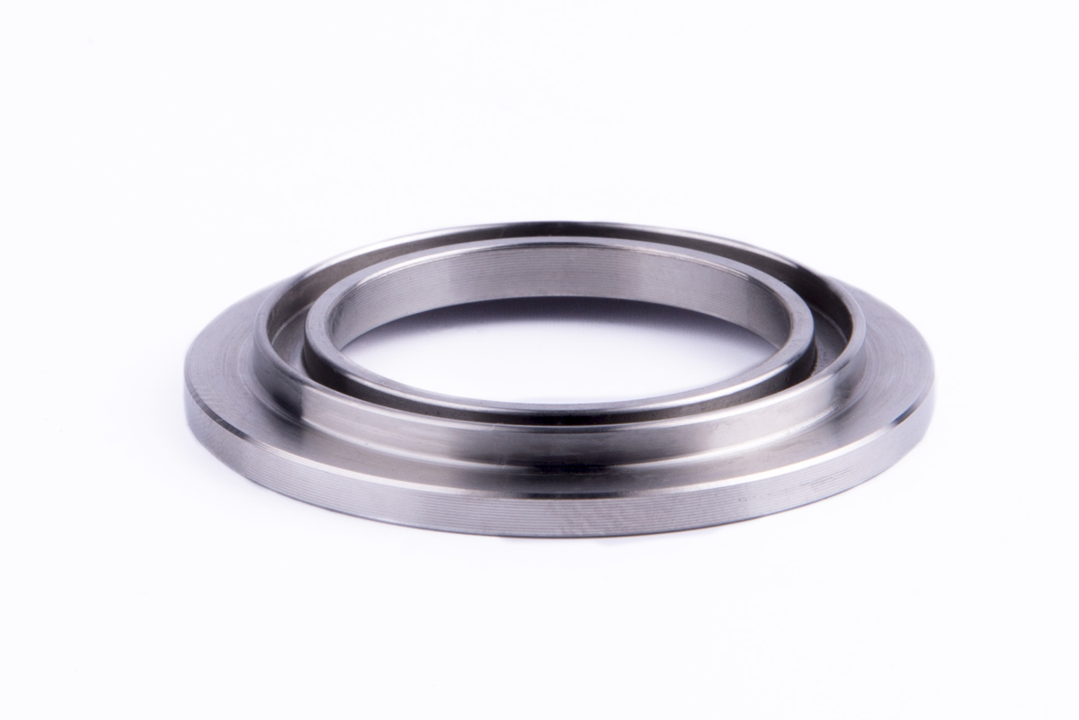 Stainless steel ring for the iron & steel sector