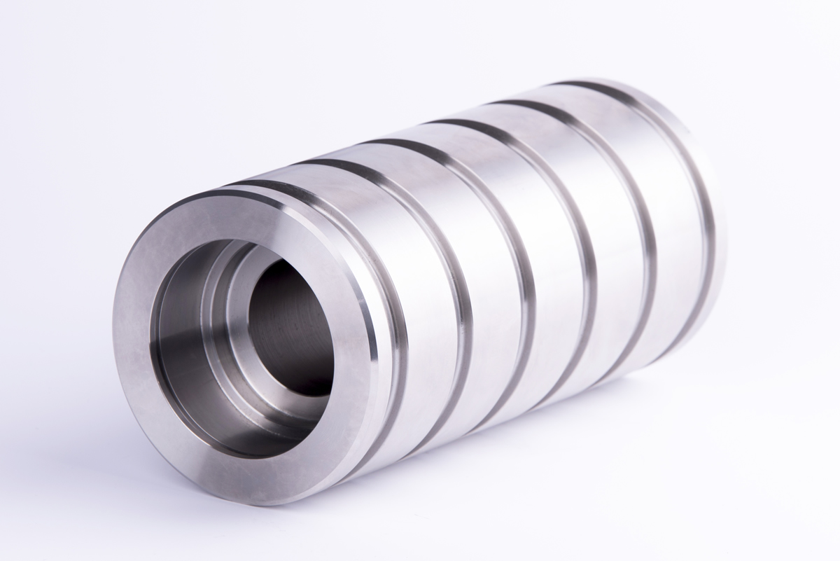 Stainless steel bearing support for the iron & steel industry